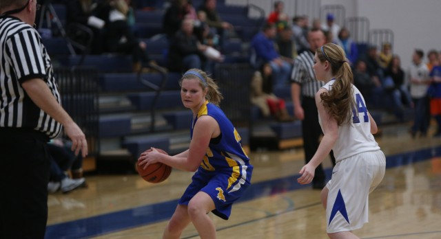 Varsity Girls falls to Calvin Christian in Districts