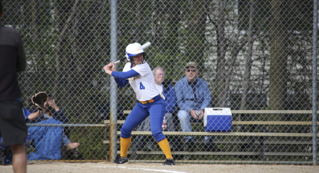 Mustang Softball defeats Kelloggsville, 14-9