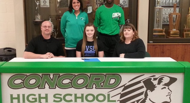 Jessica O'Connell signs with Grand Valley State University