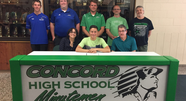 Bezner Jonathan Gomez Signs With St. Francis