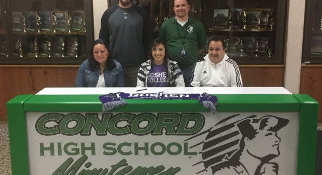 Brenda Tellez Signs With Goshen College