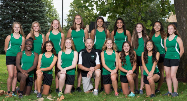 2017 Girls Cross Country Team Picture