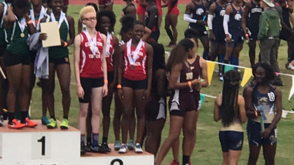 4x100 at State