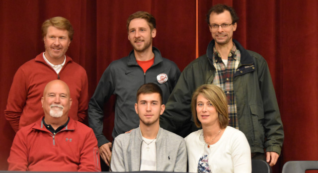 Snelgrove Signs with USC-Union