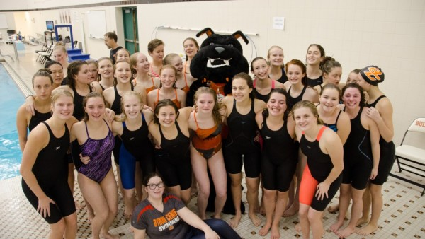 Swim Finishes Season with Top 15 Finish at State