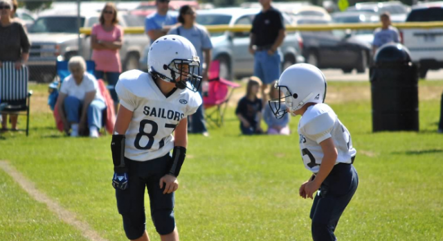 Sign-ups for the 2016 Sailor Youth Football season is now open!