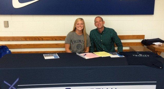 Smith signs with Trinity