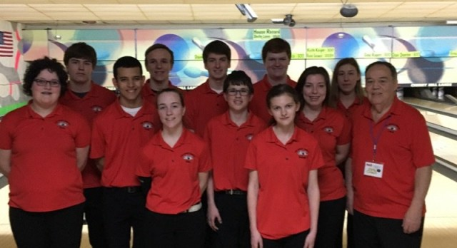Varsity Bowling Competes at Regionals, Boys 7th & Girls 5th