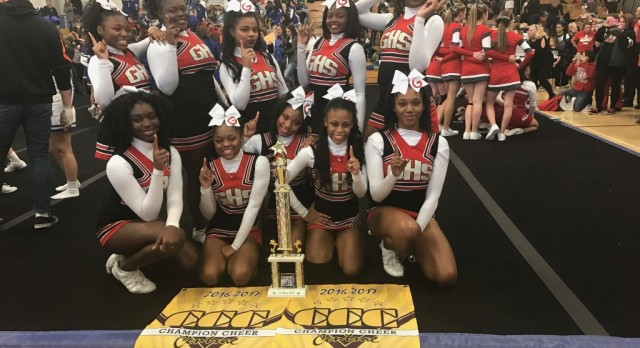 """Tarblooder Cheerleaders """"Sho Up and Sho Out"""" At Shaker Hts."""