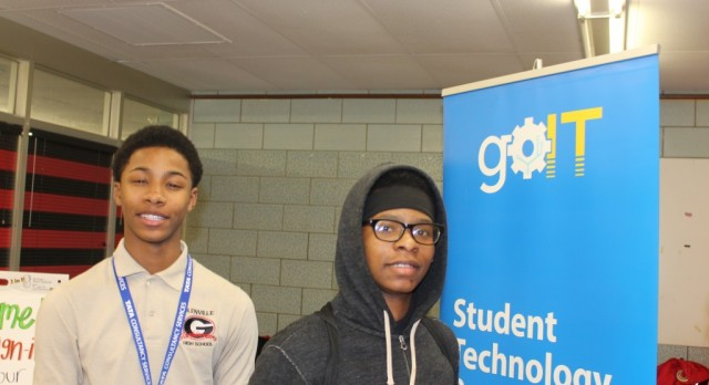 City Year Hosts Tech Workshop For Scholars