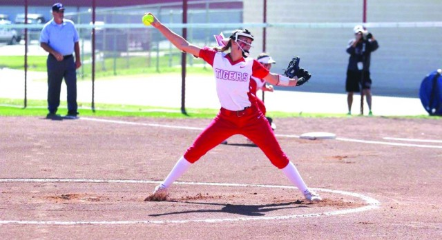 Holman becomes first female HS All-American at Belton, first athlete since baseball's Brad Turner in 1996