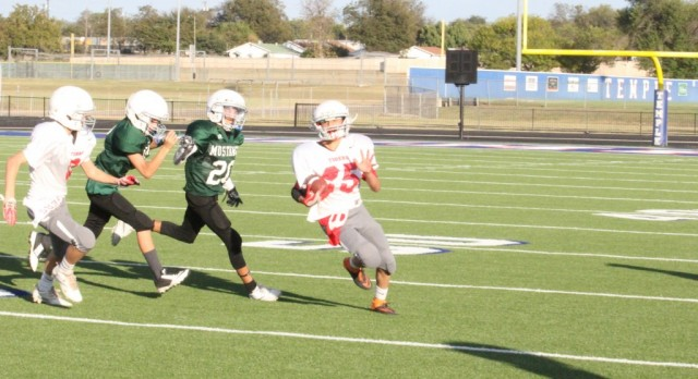 SBMS 8B scores 24 unanswered points in 36-8 win over Travis 8B