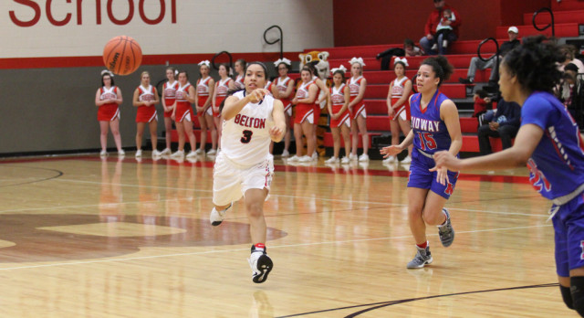 Big fourth quarter pushes Midway past Lady Tigers 42-29