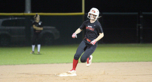 Lots of promise shown in Belton scrimmage against Rouse on Tuesday