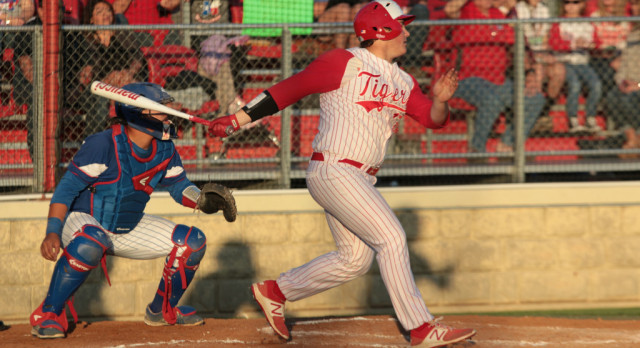 Belton gets by Copperas Cove 2-1, earns final baseball seed out of District 8-6A