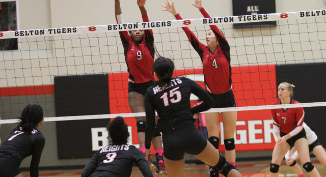 Lady Tigers celebrate Senior Night with sweep of Shoemaker, clinch playoff berth