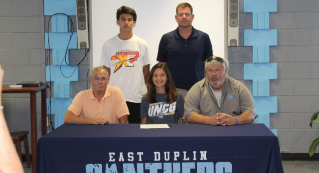 Ariana Garcia signs with UNC Greensboro