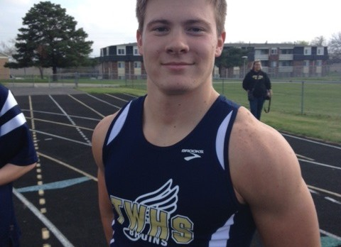 WESLEY COOK ADVANCES TO STATE TRACK MEET!
