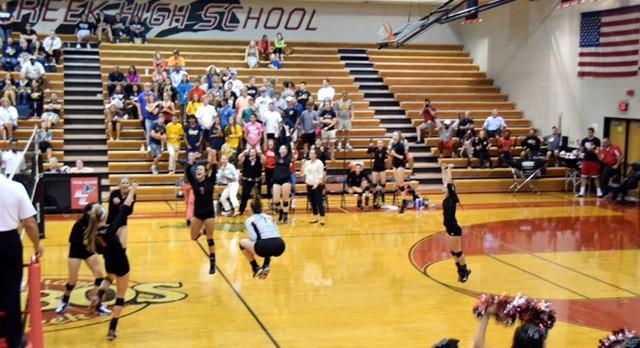 Varsity Volleyball wins 3 straight!