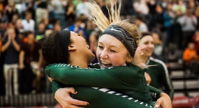 Coopersville High School Girls Varsity Volleyball beat Fruitport High School 3-0
