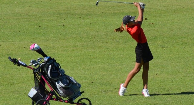 Mia Davis named to MWAA All Conference Team for Golf
