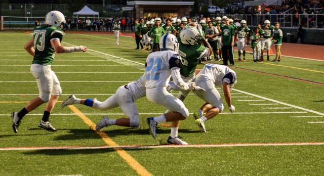 Wakefield High School Varsity Football falls to Yorktown High School 44-7