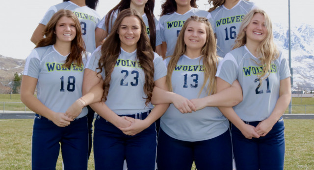 Senior Day For Eight T-Wolf Softball Players