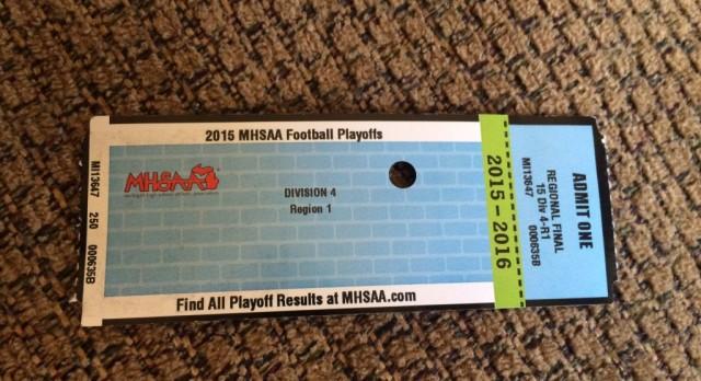 Forest Hills Eastern High School Varsity Football beat Chippewa Hills High School 34-7
