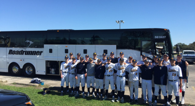 Varsity Baseball Wins 3 in First Tourney in Houston