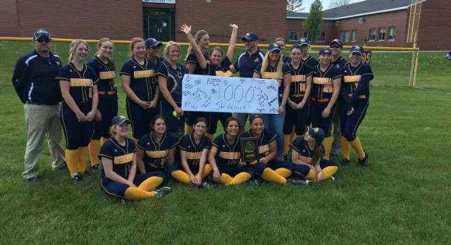 Hunt Earns 1,000th Career Strikeout
