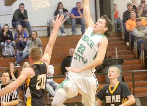 Boys Take 3rd in Holiday Tourney