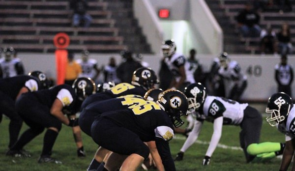 Port Huron Northern celebrates homecoming with win over East Detroit