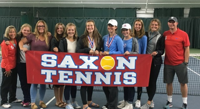 Saxon Tennis Finishes Strong at District Championships