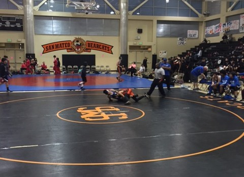San Mateo High School Coed Varsity Wrestling falls to South San Francisco High School 30-36