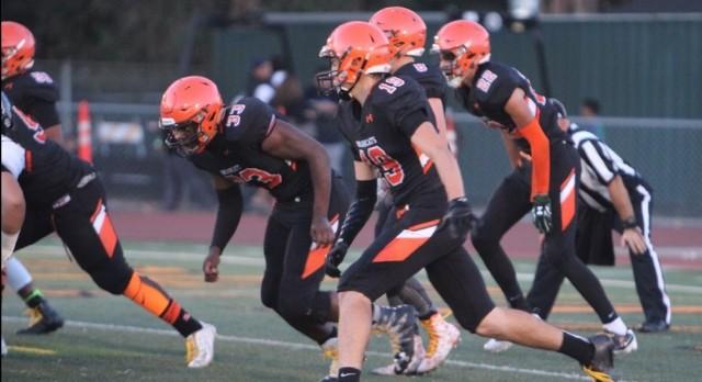 San Mateo High School Varsity Football beat Capuchino High School 35-7