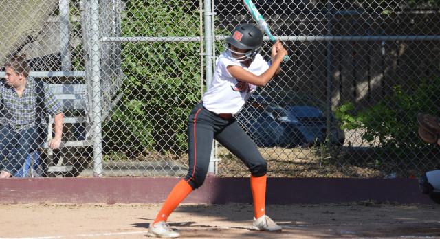 San Mateo High School Varsity Softball beat Terra Nova High School 14-1
