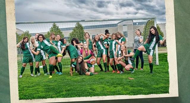 Girls Soccer – Senior Night
