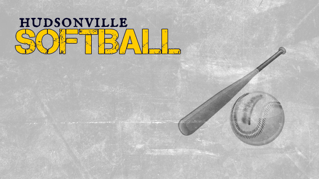 Hudsonville High School Varsity Softball beat Caledonia High School 5-4