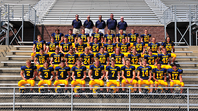 Hudsonville begins season with solid road win