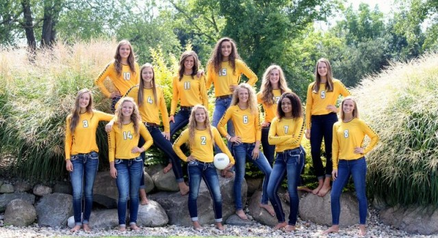 Varsity Volleyball Wraps Up Regular Season