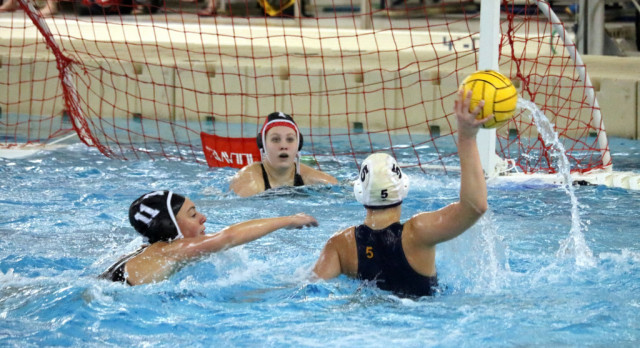 Hudsonville Hosts Water Polo State Championships