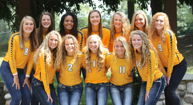Varsity Volleyball Continues Conference Play