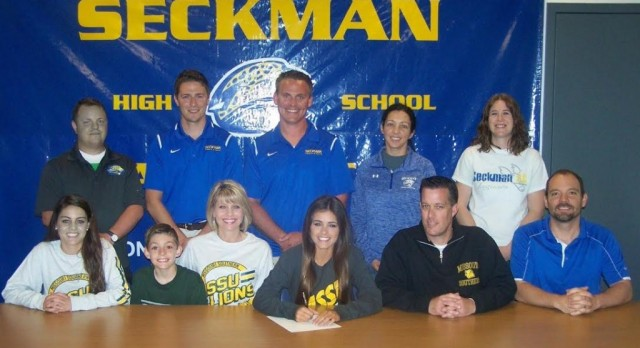Kelsey Evans Signs with Missouri Southern