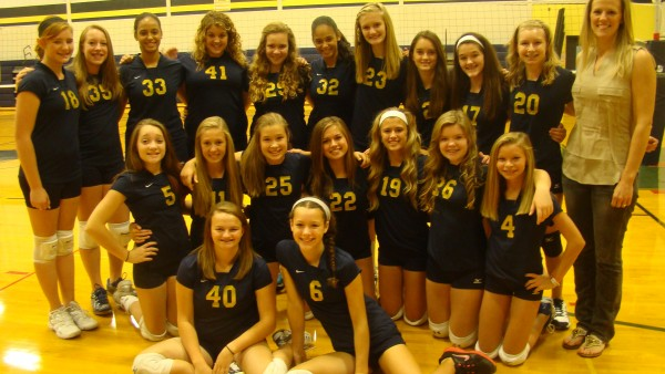 8th Grade Volleyball Team Picture