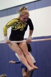 Gymnastics v EL Bars Sara