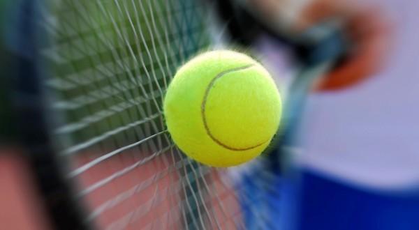 Tennis_-_930