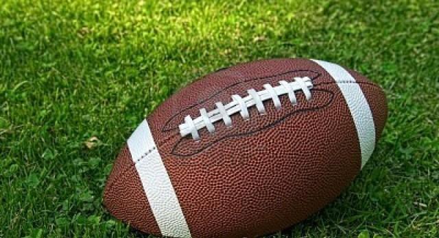 Defense Helps JV Football Beat West Ottawa