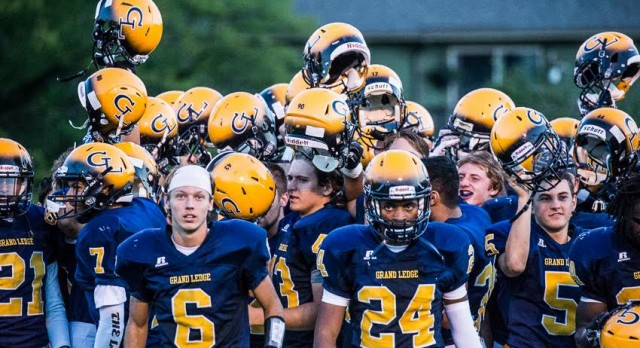 Grand Ledge Opens Season with Big Win over Forest Hills Central