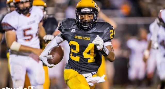 Grand Ledge Improves to 5-0 with Victory over Jackson