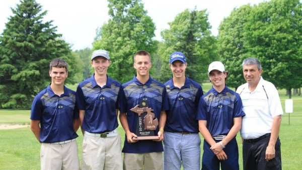 Boys Golf - District Champs